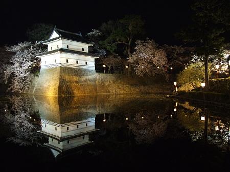 新発田城のライトアップ